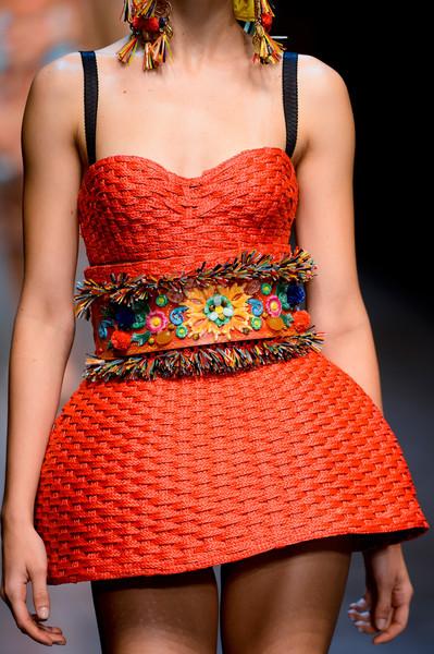 Dolce+Gabbana+Spring+2013+Details+Rc7vLvoppTel