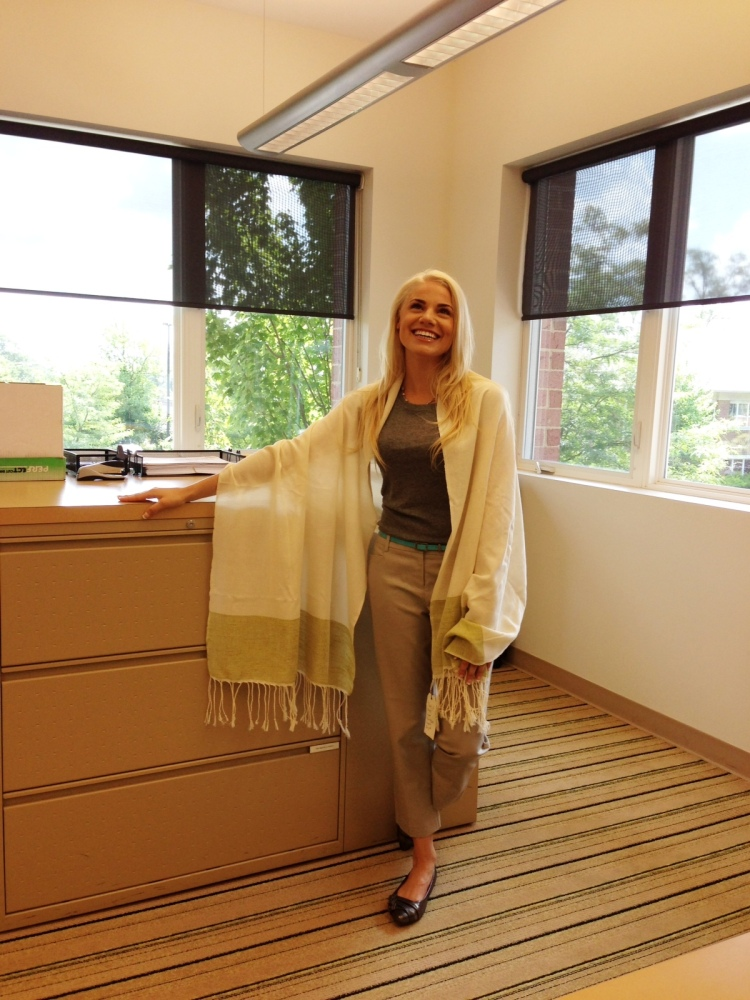 Jessica is sporting our 'That's a Wrap' Moroccan Scarf and love her in it!!!