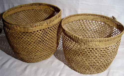 Source: http://aroundantigua.com/antigua/wp-content/uploads/2013/06/antigua-guatemala-handicrafts.jpg