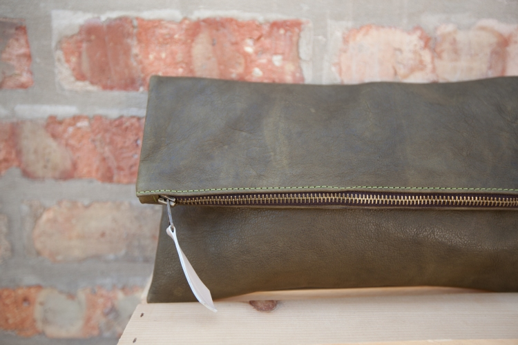 MAVEN COLLECTION FOLD OVER SEAWEED CLUTCH   ||   SHOP HERE