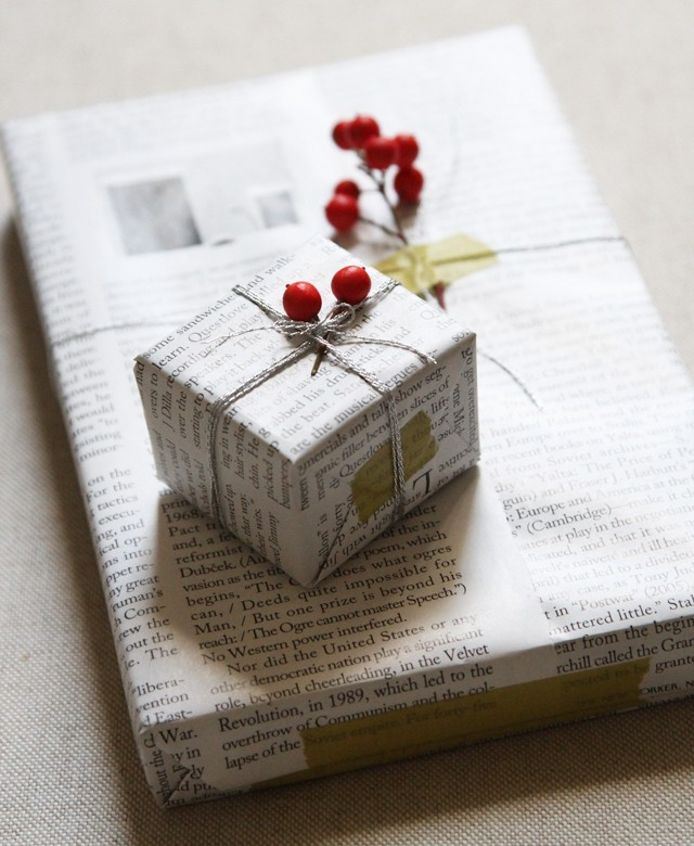 DIY Gift Wrapping with Newspaper and Berries, Remodelista